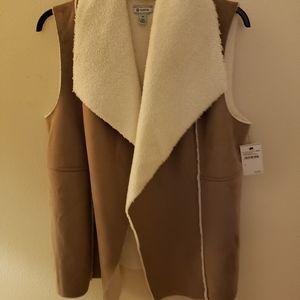 Womens Tan suede fuzzy vest